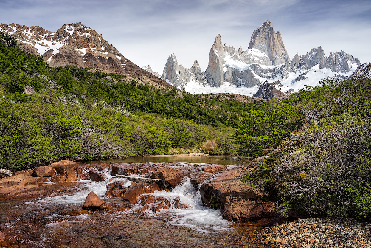 A waterfall with Fitz Roy in the background is a special choice for a photo